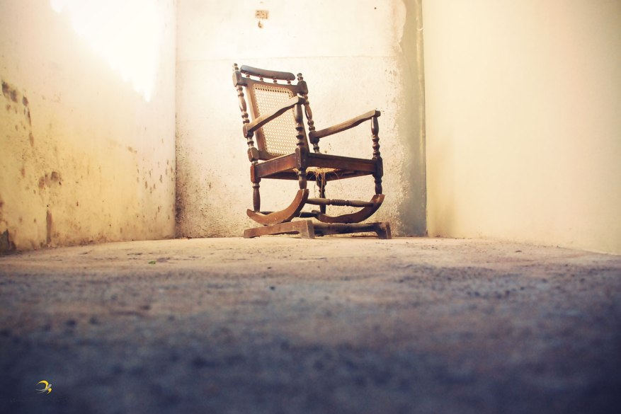 cadeira de balanço/ alcobaça/ ba/ brasil/ 2009/ semterritorio