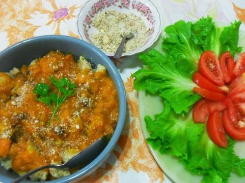 nhoque arroz integral molho abobora e queijo de castanahas