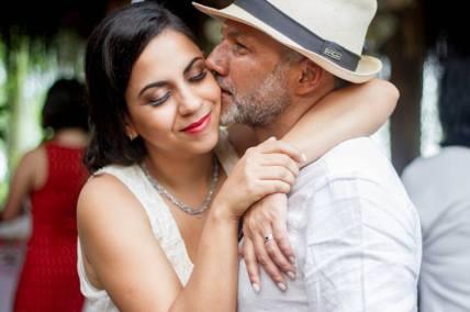 Casal no dia do casamento por: Raquel Luzia